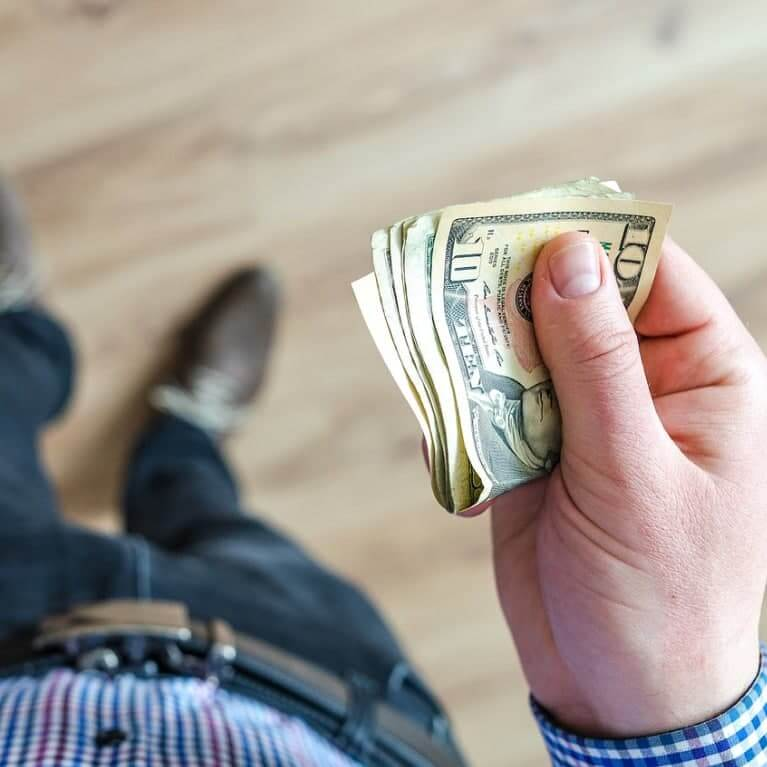 Как работать с агентством, чтобы не потерять деньги?